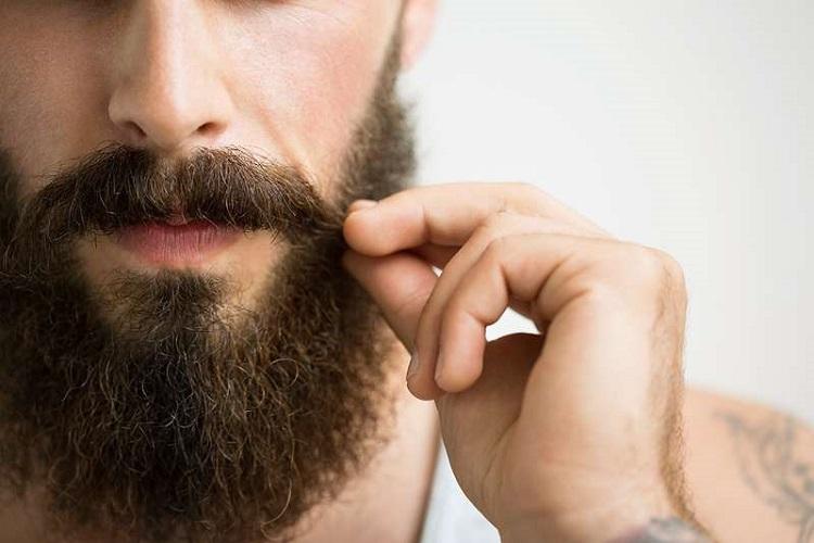 علت عدم رویش مو در برخی قسمت های بدن چیست